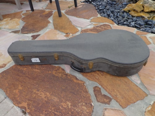 ~1968 Gibson L-5 or L-7 hard case 17""