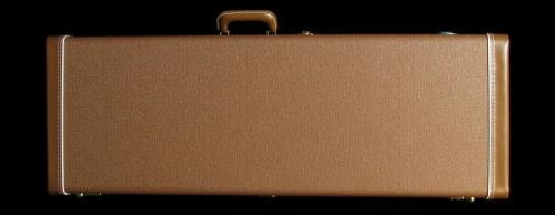 Fender® Deluxe Strat® & Tele® Case (Brown/Gold)