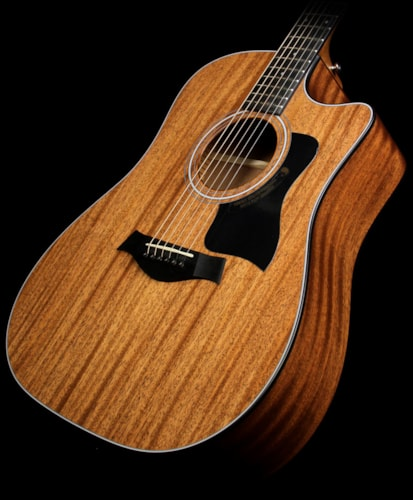 Taylor Used 2015 Taylor 320ce Mahogany Top Dreadnought Acoustic/Electric Guitar