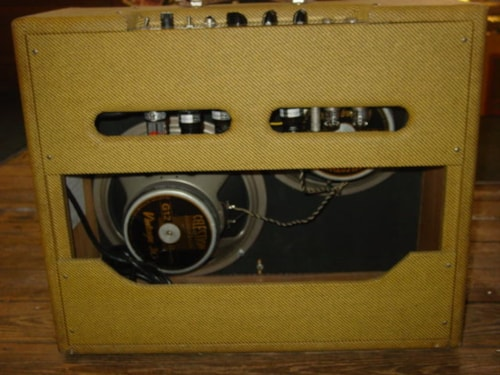 Victoria Amp Co. Double Deluxe