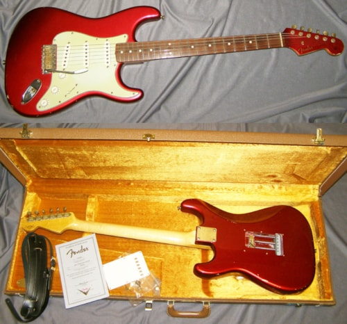 2007 Fender® Custom Shop Stratocaster® 1960 Relic® - MATCHING Headstock