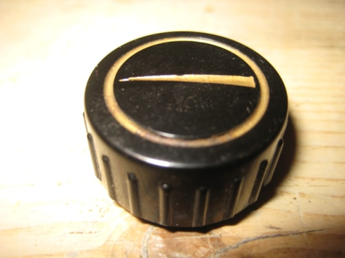 ~1961 Vox Knob Early 1960's Black Ribbed Knob w/Arrow AC-10