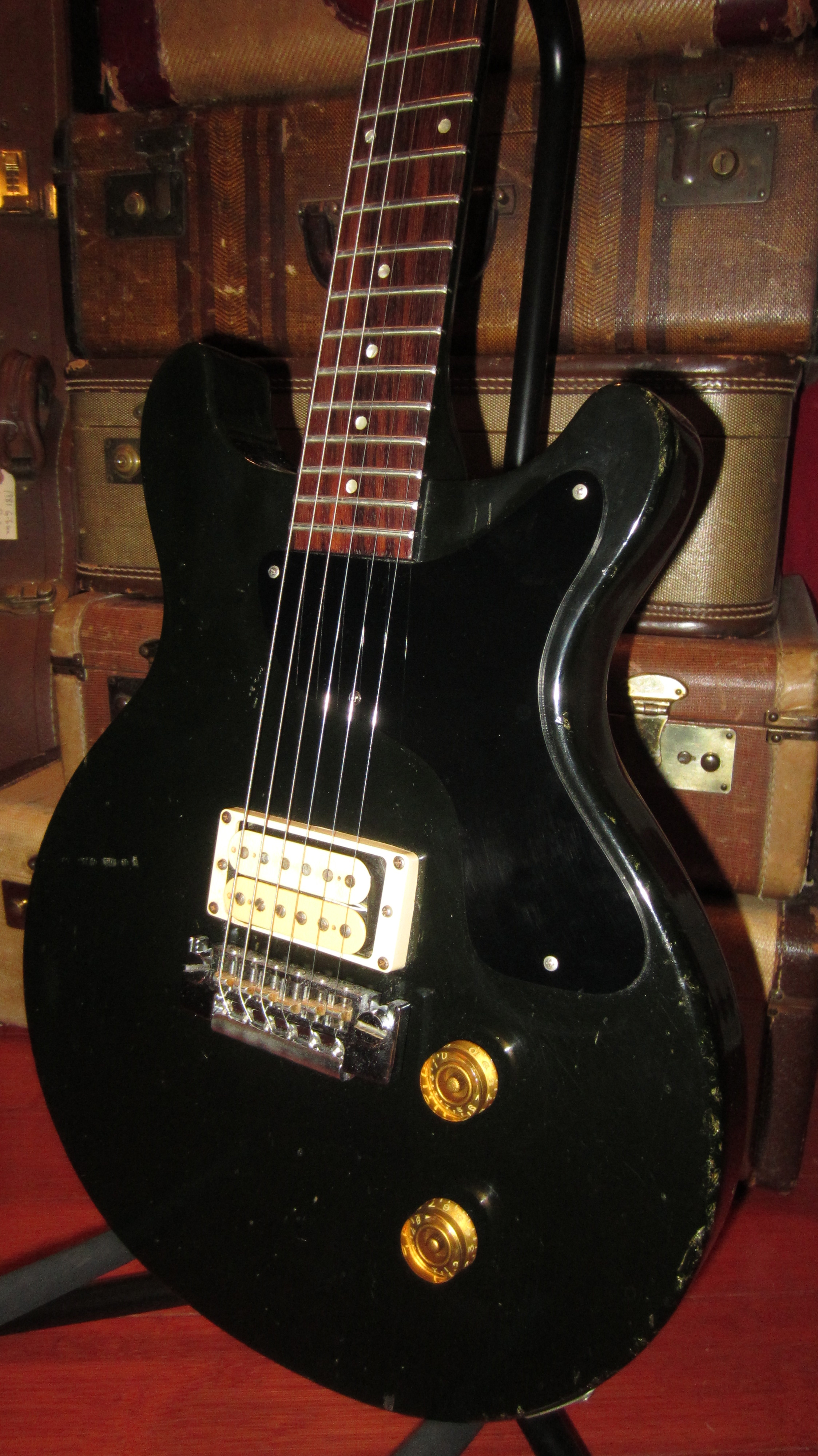 Visa Credit Card Login >> 1981 Gibson Spirit Black > Guitars Electric Solid Body ...