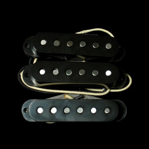 Lindy Fralin Vintage Hot Strat® Pickup Set (Base Plate)