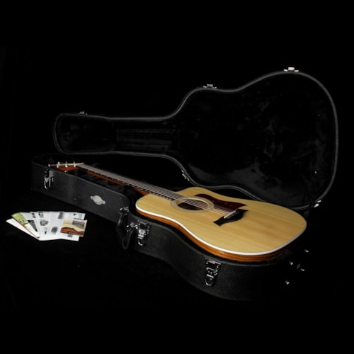 Taylor Used 2016 Taylor 210ce Deluxe Dreadnought Acoustic/Electric Guitar