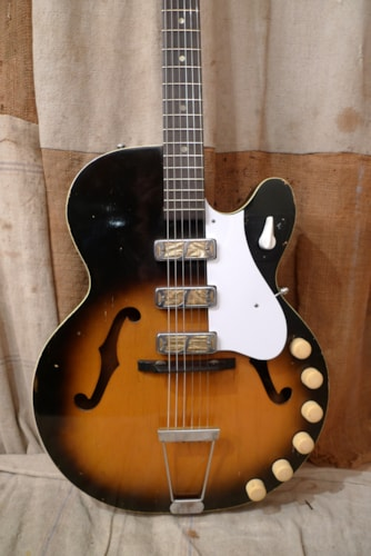 ~1965 Harmony Rocket Triple