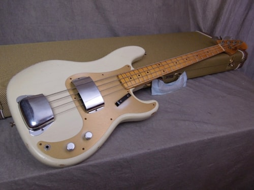Fender Custom Shop Relic Precision