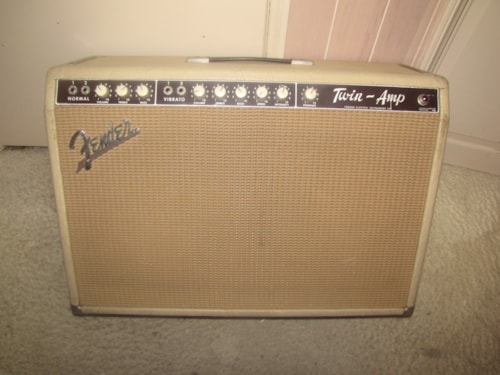 1963 Fender® Twin Amp™