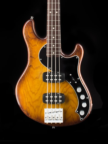 Fender® American Deluxe Dimension Bass IV HH
