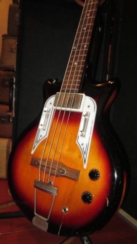 ~1960 Airline Pocket Bass