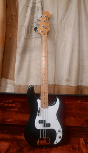 1981 Fender Precision Bass