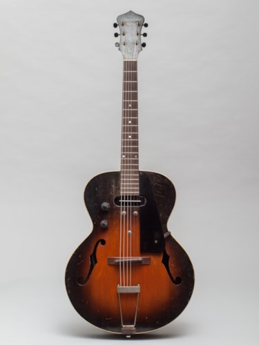 1940 Gibson Recording King Model A