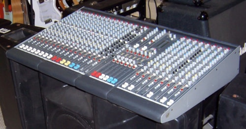 ALLEN & HEATH GL 2200 Mixer