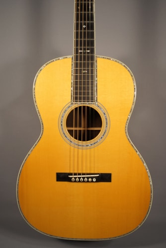 Martin Guitar USED! Martin 000-42 Brazilian Acoustic Guitar With Case.