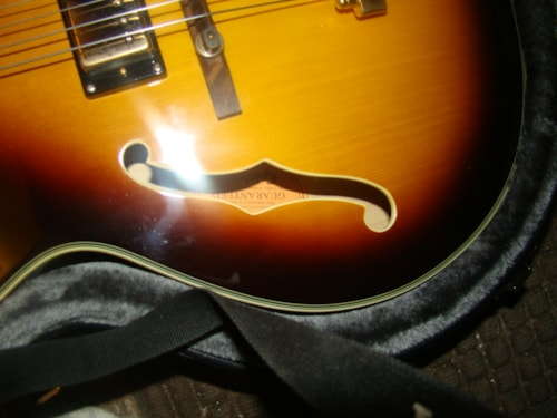 Epiphone (On Hold) Joe Pass (Nonoriginal pickguard) price has been adjusted