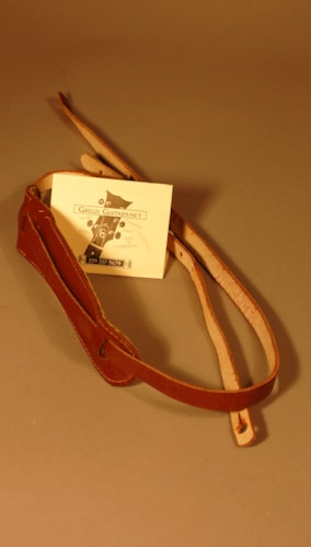 1959 Gibson leather guitar strap