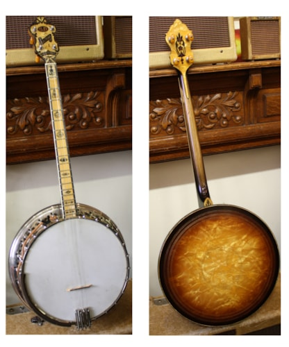 ~1930 B&D Bacon and Day Sultana Silverbell 1 Tenor Banjo