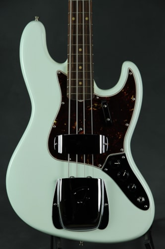 Fender® American Vintage '64 Jazz Bass® - Olympic White