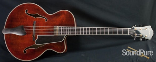 Eastman Guitars AR805CE