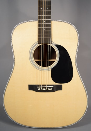 2015 Martin Guitar NEW! Martin HD-28 Acoustic Guitar With Case!