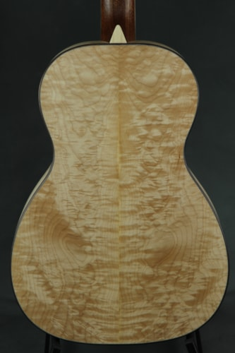 Larrivee P-03 Custom Quilted Maple
