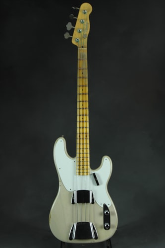 Fender® Custom Shop Limited Edition 1955 Precision Bass® Relic® - Dirt