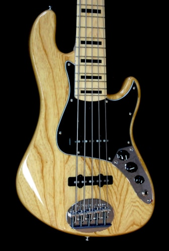 Lakland Skyline Darryl Jones 5 String Bass