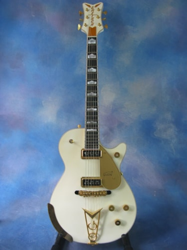 2008 Gretsch® White Penguin G6134
