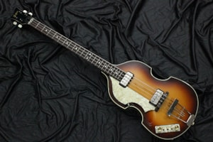 2007 Hofner 500/1 62 World History Limited Lefty (1962 Reissue)
