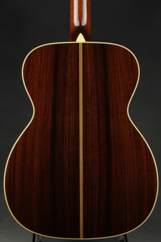 Collings OM2HA - Varnish
