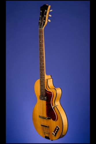 1960 HOFNER Club 40 Distrubuted by Selmer, London (Model 125 semi-acoust
