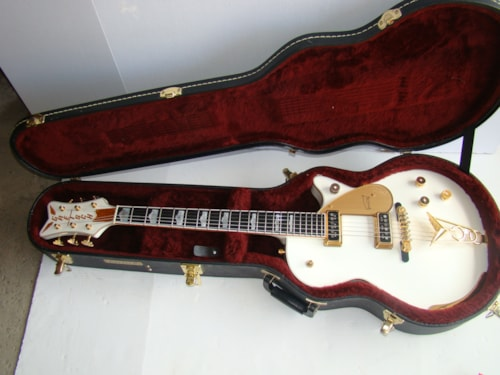 2007 Gretsch® White Penguin