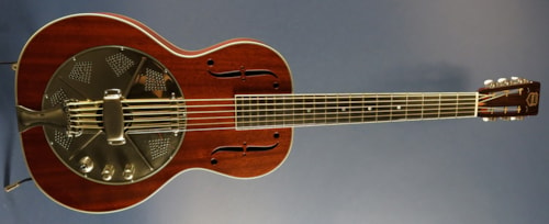 2015 National El Trovador Baritone with Hotplate
