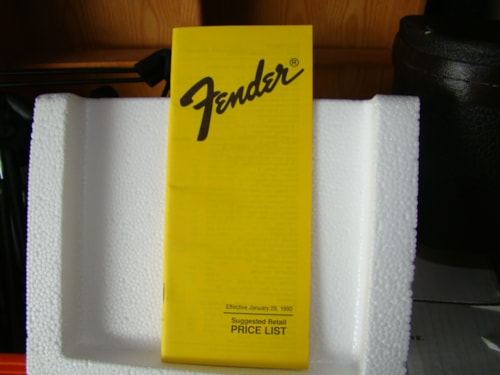 1990 Fender® Price List