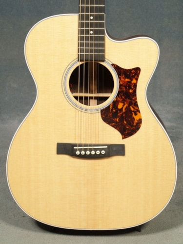 2017 Martin OMCPA4R PERFORMING ARTIST GUITAR & CASE with FISHMAN F1 ANALOG PICKUP SYSTEM