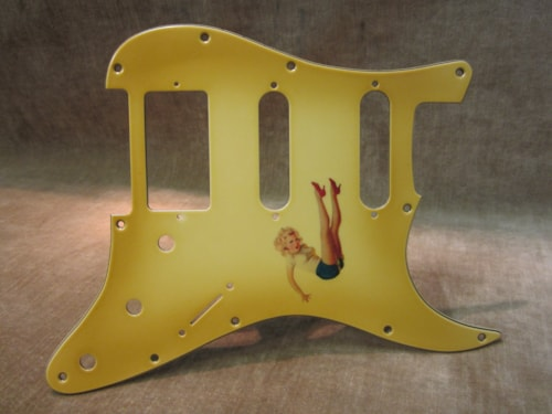 "Fender® Custom Shop ""Girly Guard"" Stratocaster® 50's Pin Up Relic® aged"