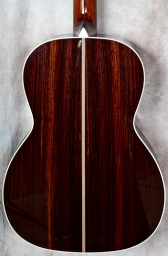 Collings Guitars 000-2H