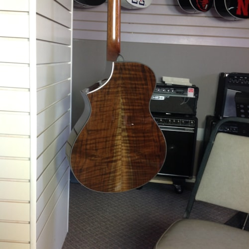 Breedlove Custom NW Walnut