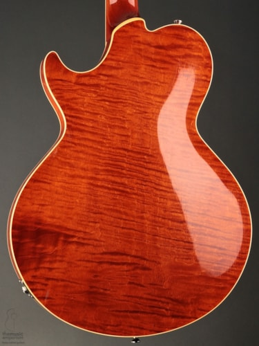 Collings SoCo LC Deluxe w/ Throbaks & Aged Lacquer Finish