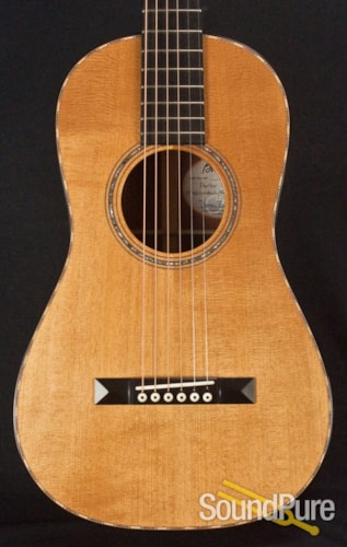 Bourgeois Guitars Victorian Piccolo