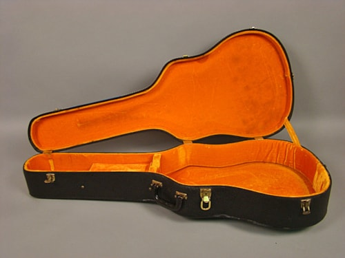 ~1963 Gibson J-45, ES-175 Pebble Case