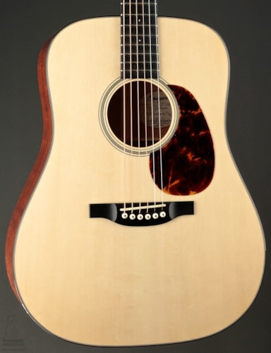 Bourgeois Country Boy Deluxe Adirondack Spruce & Figured Mahogany