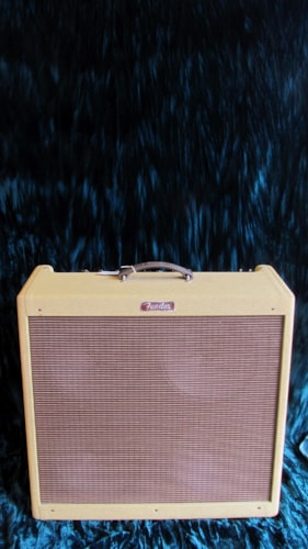 Fender® Blues Deville 4x10