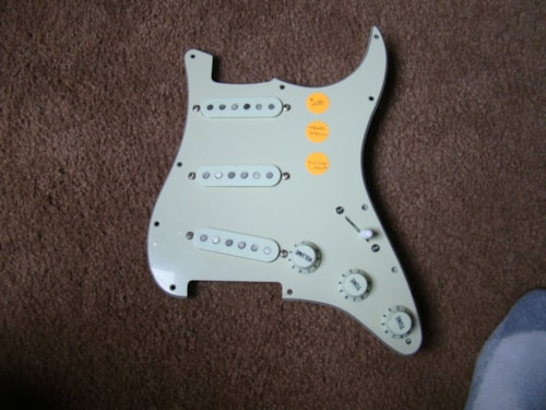 Fender® Texas Special™ Pickups with Pickguard/switchcraft