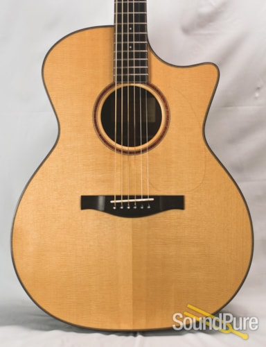 Eastman Guitars AC722CE