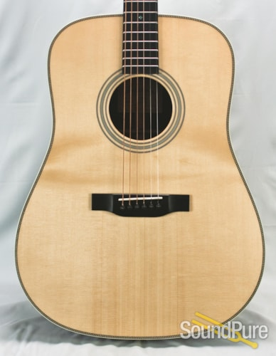 Eastman Guitars E20D