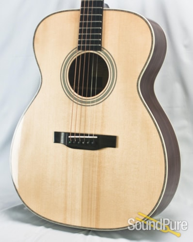 Eastman Guitars E20 OM