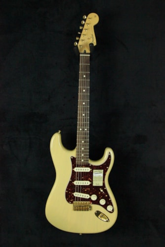 Fender Deluxe Players Stratocaster D0125