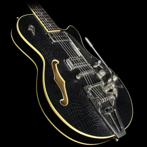 Duesenberg Used 2010 Duesenberg Starplayer TV Outlaw Electric Guitar Black Tolex