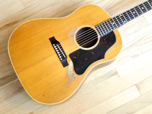 1962 Gibson J-50 Vintage Soft Shoulder Dreadnought Acoustic Guitar J50